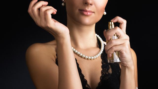 Una mujer, un perfume